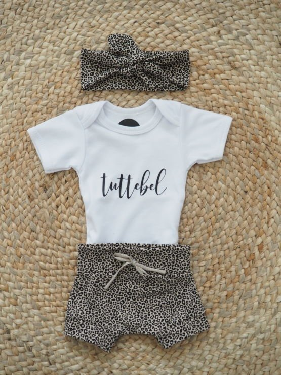 Huusje kids | newborn mutsje | terracotta dot