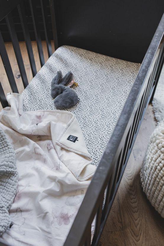 Mies & Co | Ledikantdeken soft teddy Forever Flower offwhite